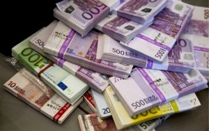 Police seize €28m fake bank notes