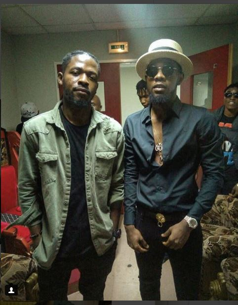 johnny-drille-pictured-with-patoranking-fan-react