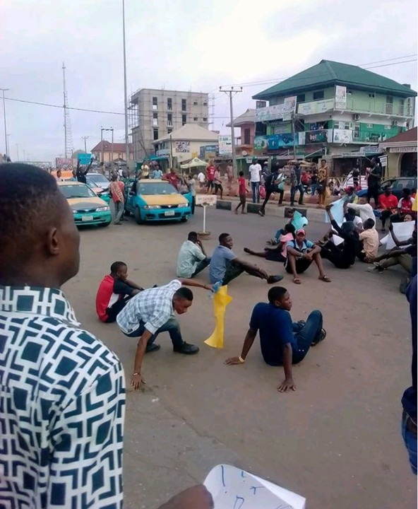 protest-against-the-hike-in-aaua-tuition-fee-1