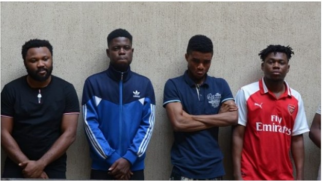 6 Yahoo Boys Arrested by EFCC With 10 laptops, 17 Phones & a Car in Abuja