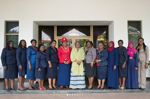 Aisha Buhari Hosts Officials Of National Association Of Lady Pharmacists