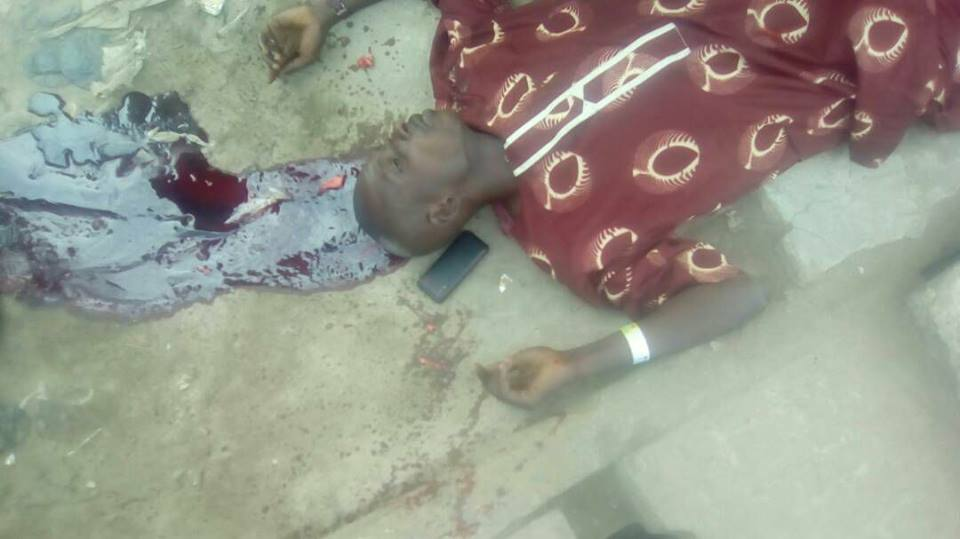 One Killed As Violence Breaks Out During APC Convention In Agege, Lagos (Graphic Pic)