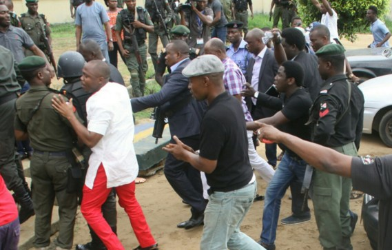 How 'thugs' disrupted court proceedings in Rivers (Video)