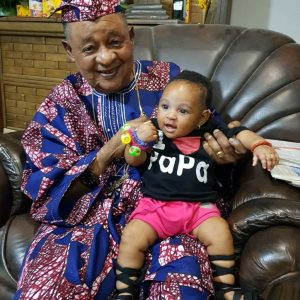 Adorable Photos Of Alaafin Of Oyo Playing With His Twin Baby Girls