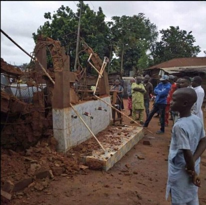 Residents Shocked As Borehole Collapses 3 Weeks After Commissioning In Kogi (Photo)