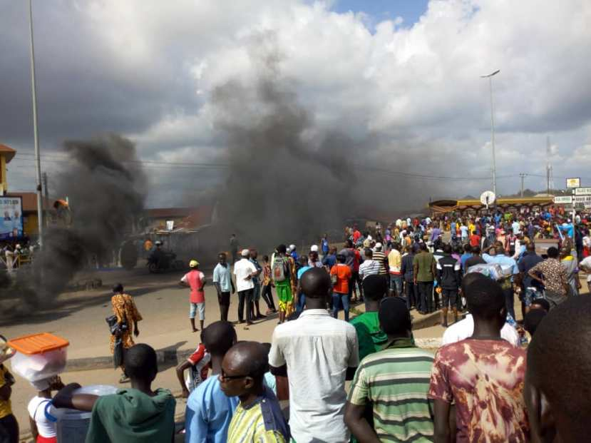 Crime Fight War Protest rocks Ondo as Civil Defence kill two siblings [PHOTOS]