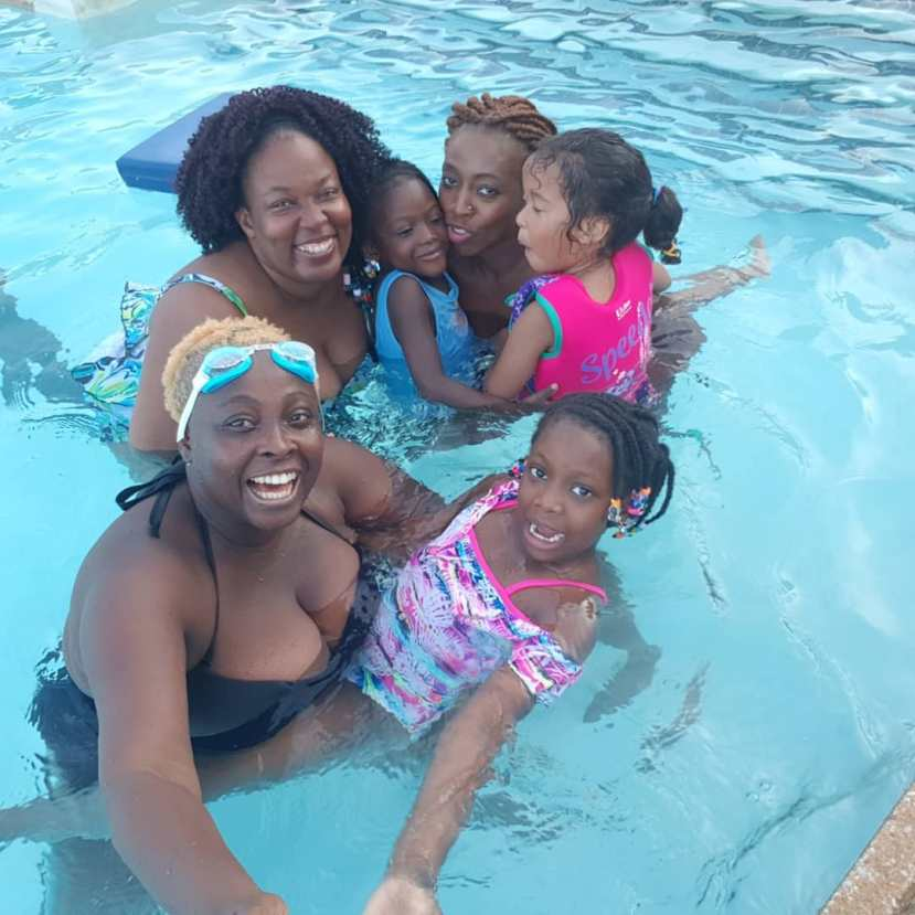 lolo-1-omotunde-adebowale-david-in-swimsuit-storms-swimming-pool-3