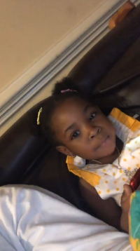 davido-chilling-with-his-first-daughter-imade-adeleke
