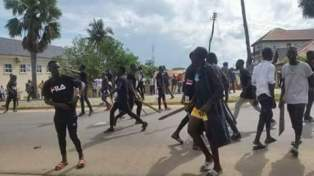 thugs-fight-and-destroy-apc-campaign-offices-in-jalingo-3