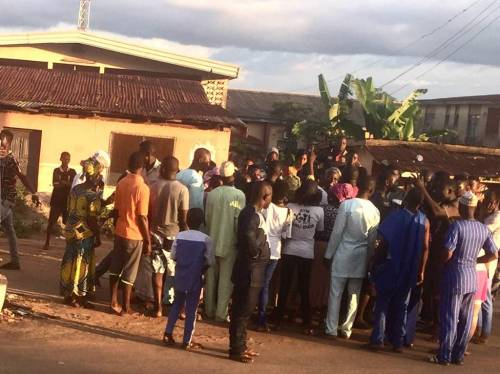 Voters Block Osun PDP Member From Leaving Until She Pays As Promised
