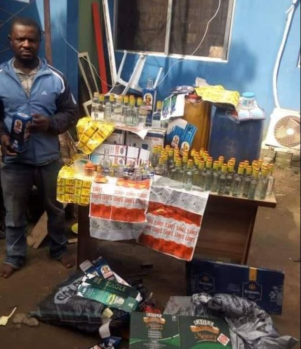 alcohol Man Who Specializes In Producing Fake Alcoholic Drinks Busted In Lagos (Photo)