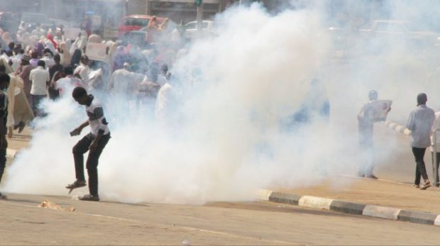 Crisis Many Feared 'Killed' As Policemen, Soldiers Clash With Shi'ites In Abuja