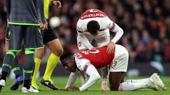 welbs Super Eagles Alex Iwobi Sends Message To Welbeck After Horror Injury In Europa League